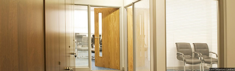 Office Partitioning Integral Blinds