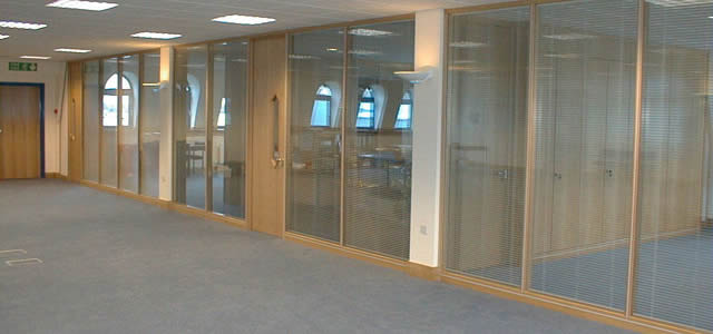 klassic series office partitioning